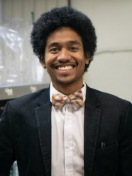 Portrait of Dr. Justin Richardson
